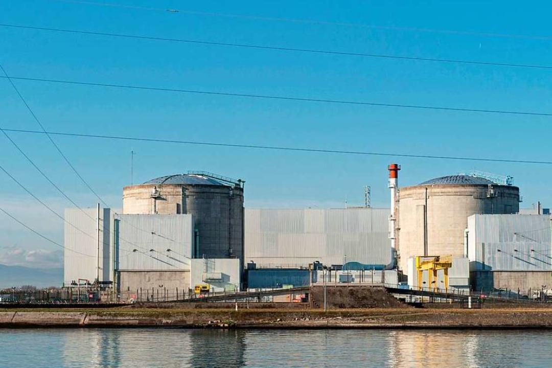 Das Atomkraftwerk in der Nähe zur deut...efindliche französische Kernkraftwerk.  | Foto: Patrick Seeger