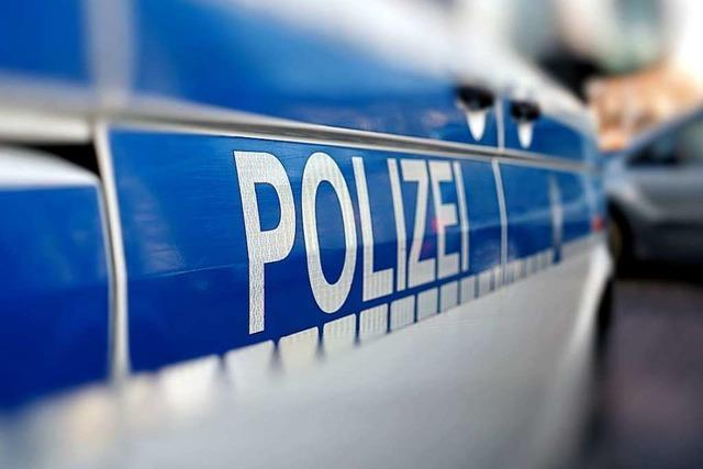 Drei Verletzte gab es bei einem Unfall mit einem Polizeiauto in Lörrach