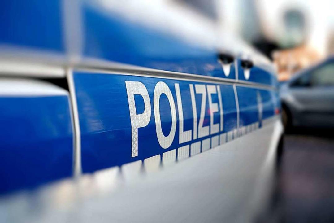 Ein Polizeiauto wurde in Lörrach in einen Unfall verwickelt.  | Foto: Heiko Küverling (Fotolia)