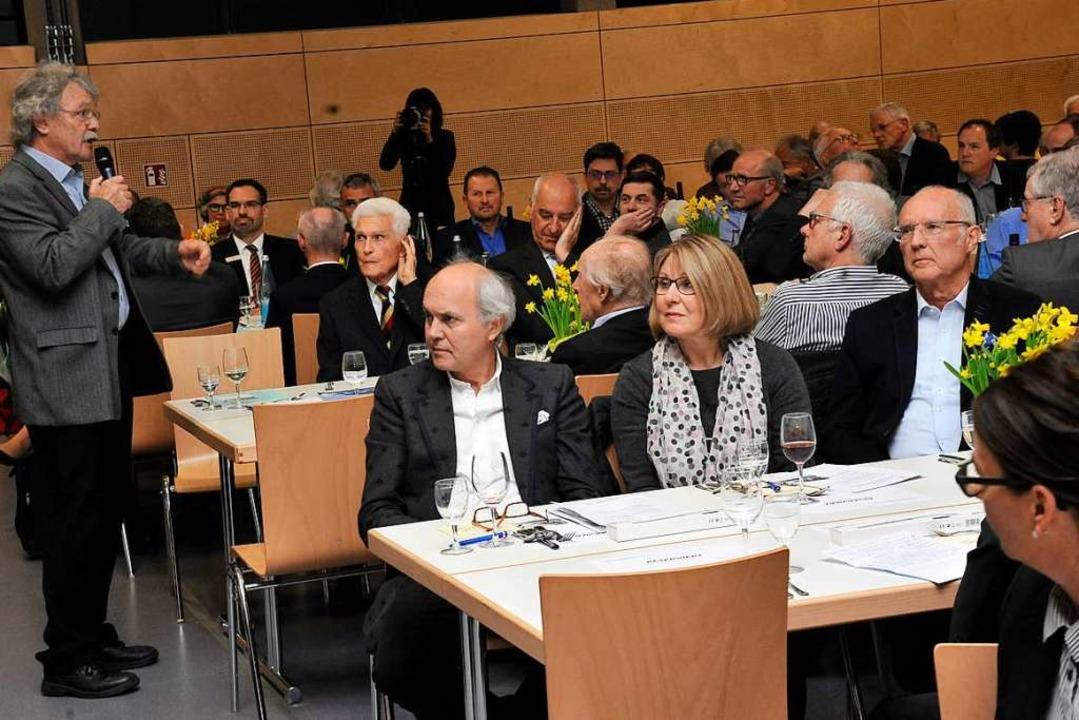 Mutmaßt eine Jagd auf die Schätze des ...Aufsichtsratsvorsitzende Heiner Ulmann  | Foto: Hans-Peter Müller