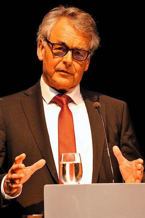 Kämpft unverdrossen für die Eigenständ...tandsvorsitzende der Volksbank Staufen  | Foto: Hans-Peter Müller