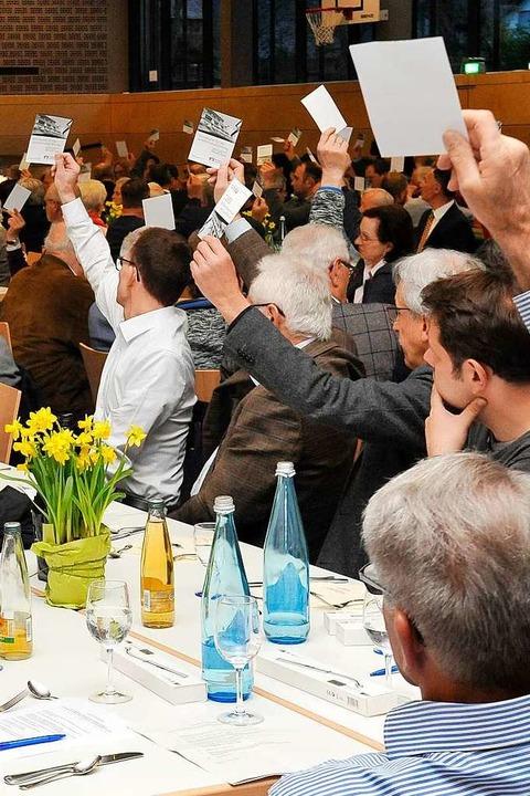 Die Zustimmung für Vorstand, Aufsichts...d Jahresabschluss erfolgte einstimmig.  | Foto: Hans-Peter Müller