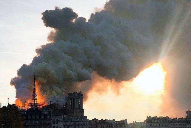 Verschwörungstheorien grassieren nach dem Brand von Notre-Dame