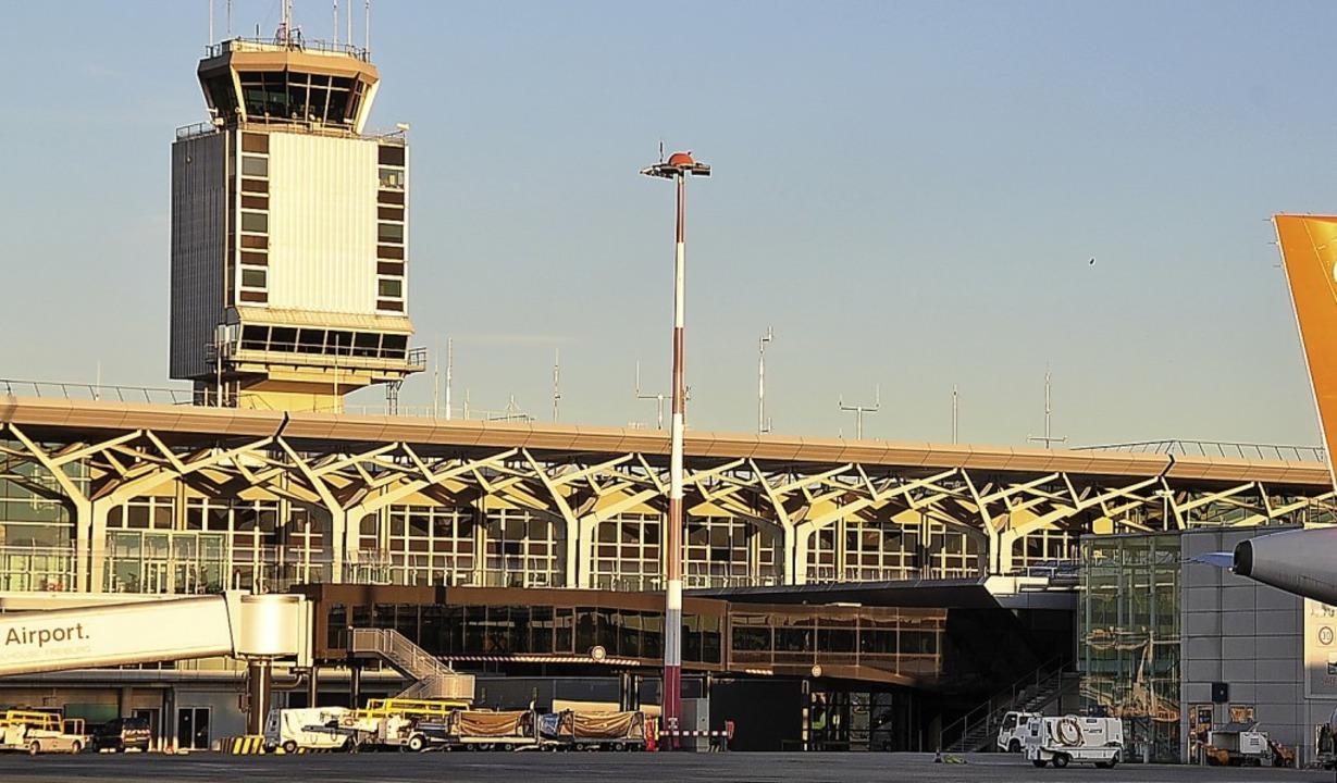 Das Wachstum des Euro-Airports macht den Anlieger immer mehr Sorgen.     Foto: Annette Mahro