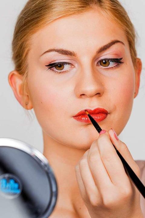 Vielen Amerikanern ist nicht bewusst, ...hriften über ihre Kosmetika bestimmen.  | Foto: Monique Wüstenhagen
