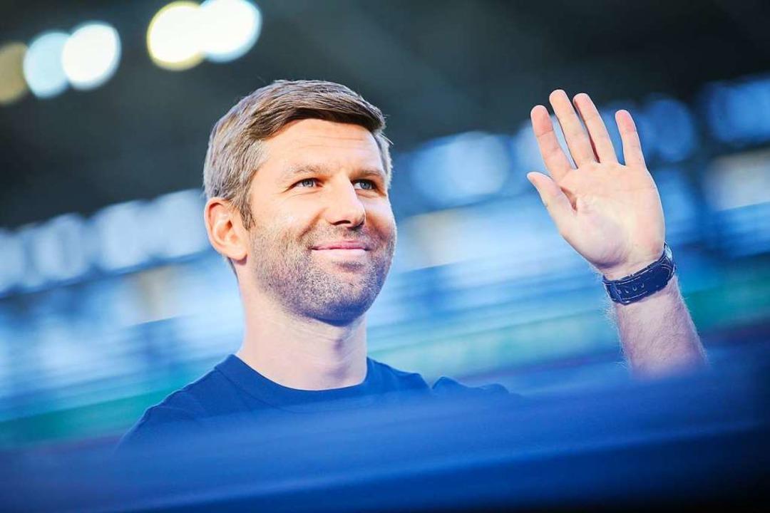 Sportvorstand Hitzlsperger muss nun mi...ise müssen sie in der 2. Liga starten.  | Foto: dpa