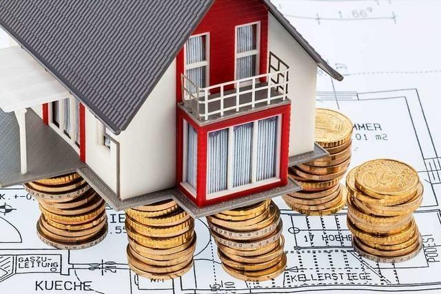 Wie sich bei einer Baufinanzierung günstig die Restschuld tilgen lässt