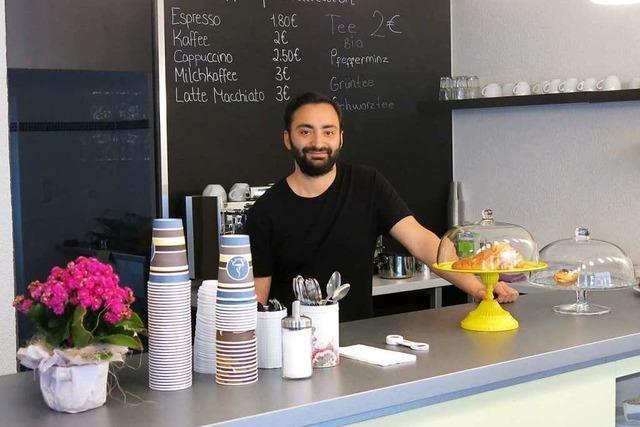 An der Theodor-Ludwig-Straße hat jetzt das RLX-Straßencafé geöffnet