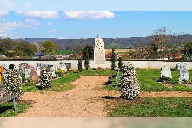 Der Streit um ein Doppelgrab in Schallbach geht weiter
