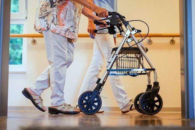 Die Suche nach Pflegekräften bleibt für Freiburger Einrichtungen schwierig
