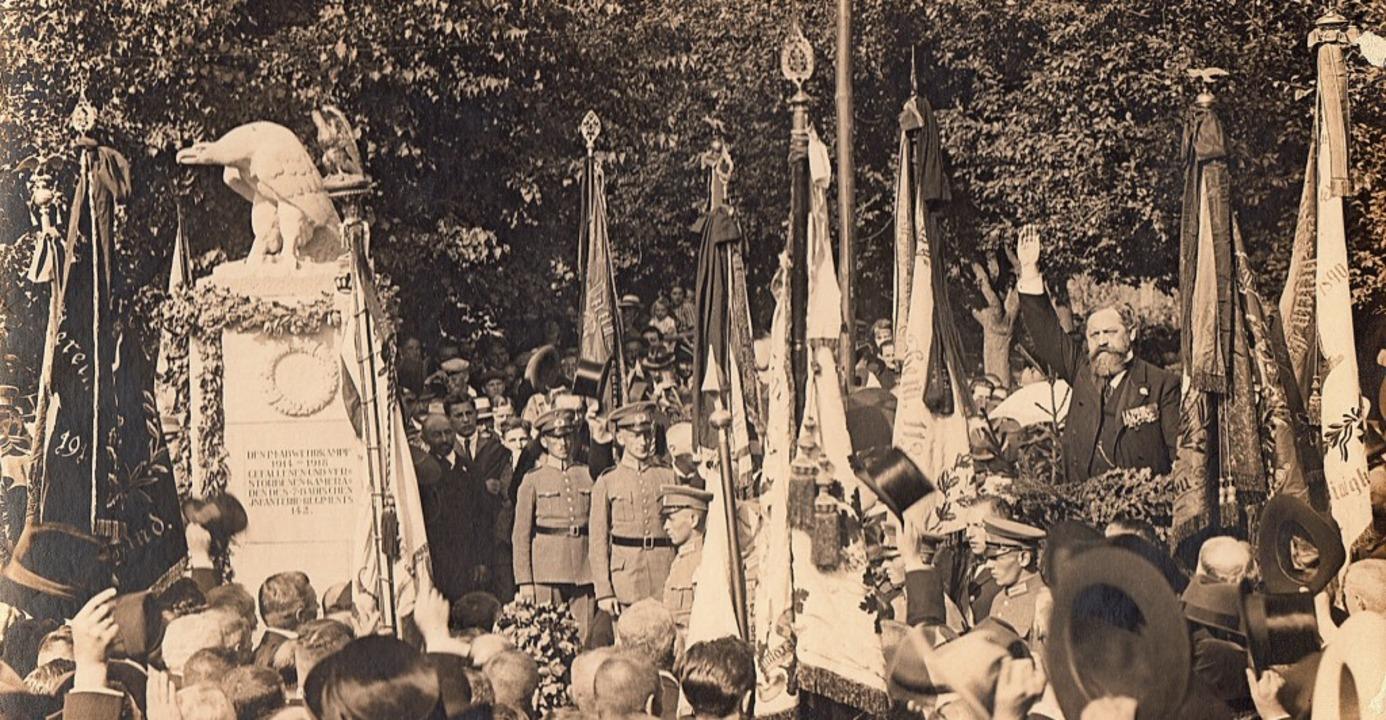Weihe des Kriegerdenkmals im September... Bock und weiterer lokaler Prominenz.   | Foto: Markgräfler Museum