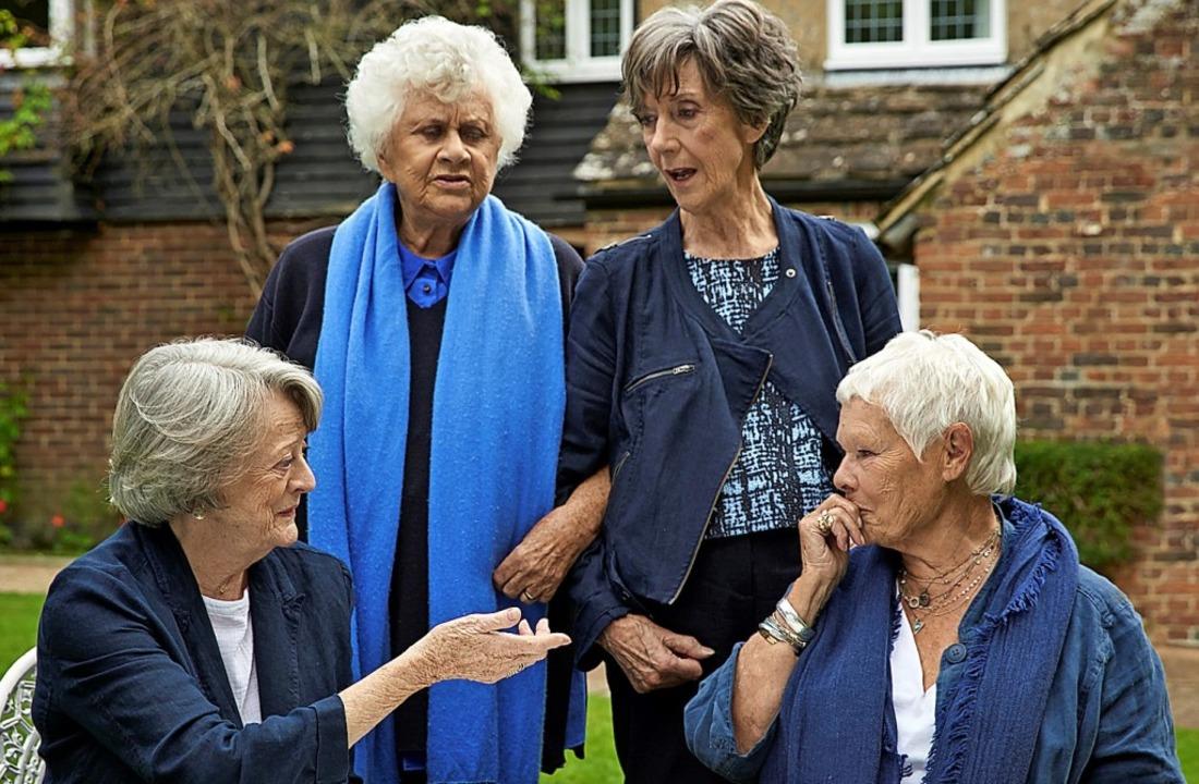 Britischer Schauspieladel: Maggie Smit...n links) treffen sich seit  50 Jahren.  | Foto: Mark Johnson/ksm