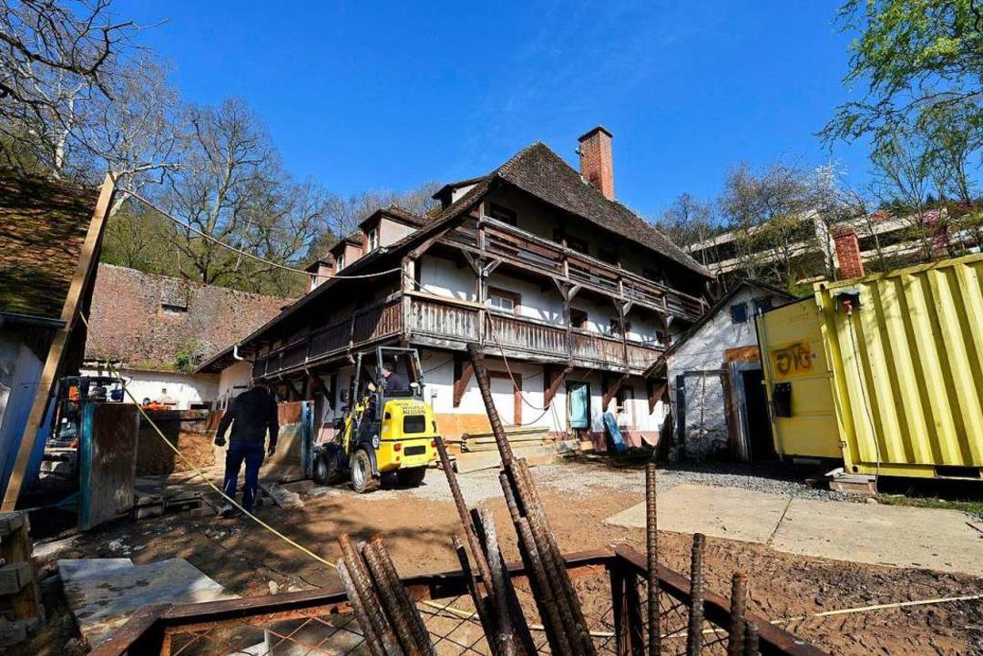 Die Meierhof-Retter sind am Werk.  | Foto: Thomas Kunz