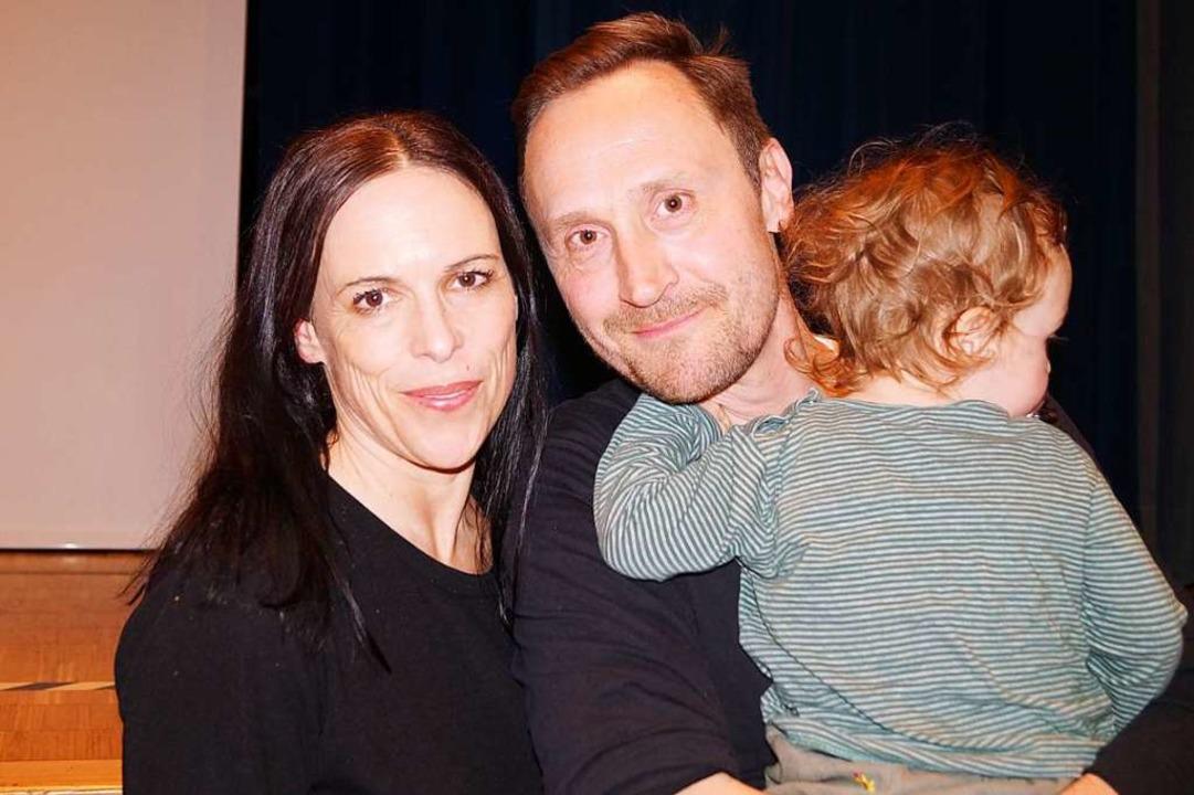 Jennifer und Peter Glas nach ihrem Vortrag in Wehr  | Foto: Sara Göhring