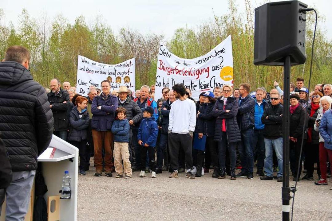 Massiven Bürgerprotest gab es beim Vor...dt favorisierten Standort Holderstock.  | Foto: Judith Reinbold
