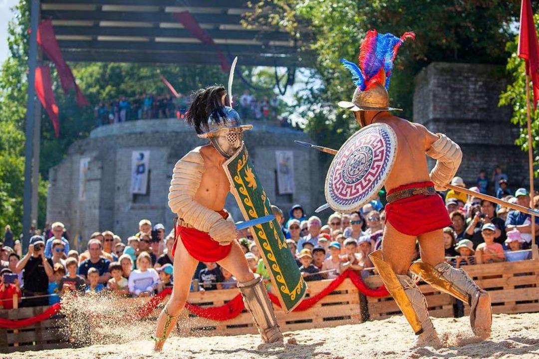 Gladiatorenkampf in der Arena beim Römerfest am letzten Augustwochenende  | Foto: Susanne Schenker