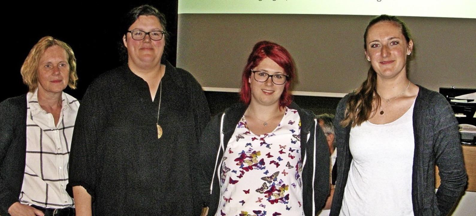 Das neue Vermarktungs-Team  ist seit d...f, Alexandra Kaiser und Lisa Eichhorn   | Foto: Ulrike Spiegelhalter