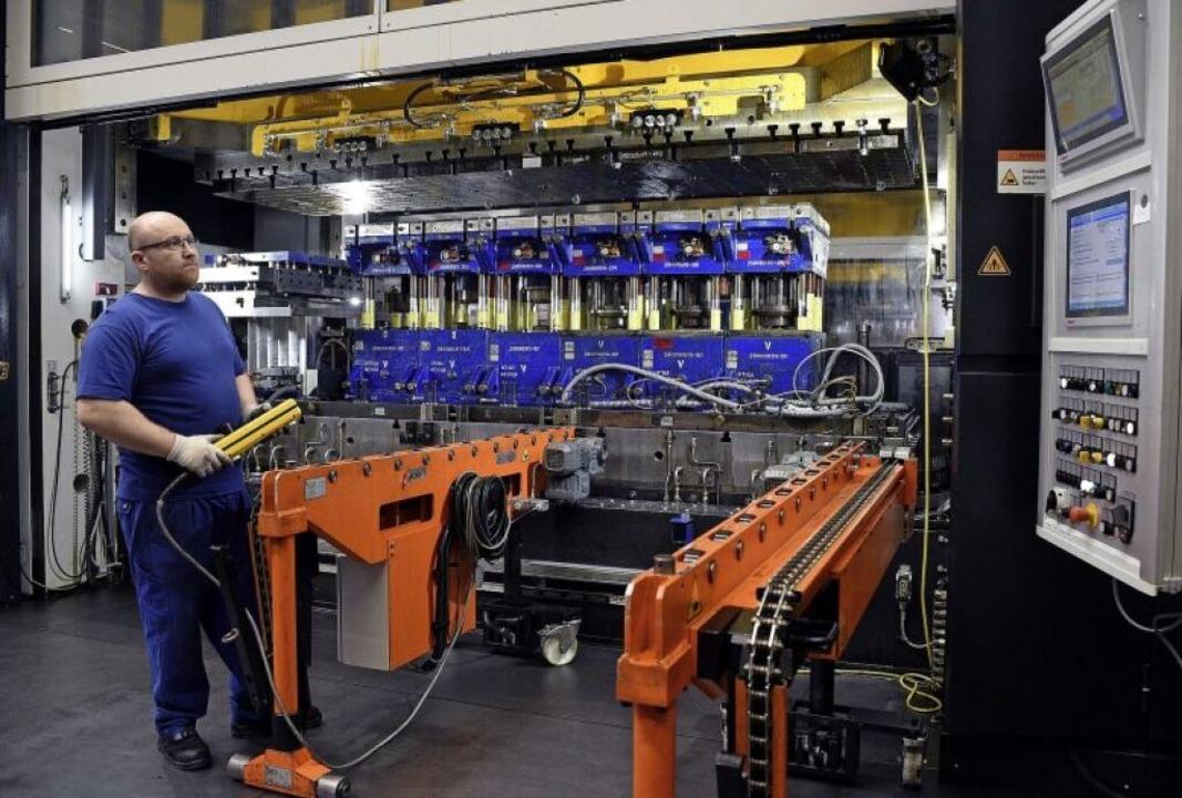 Vom Bremskolben bis zum Aluminiumgehäu...Teile für die Automobilindustrie her.   | Foto: Thomas Kunz