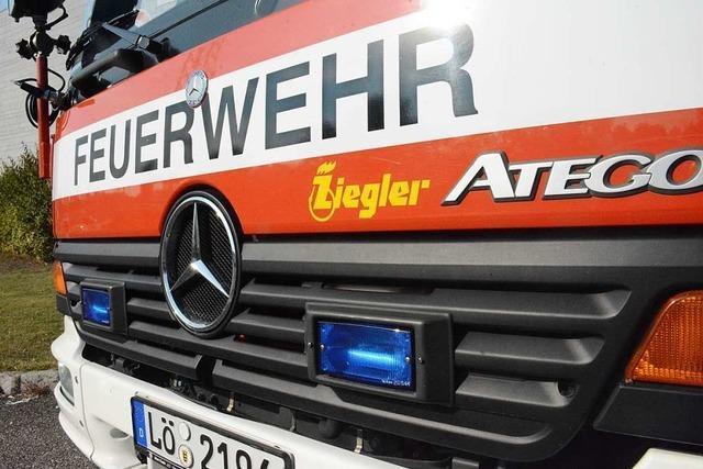 Brand in einem Hochhaus der Salzertstraße löst Großeinsatz der Feuerwehr aus