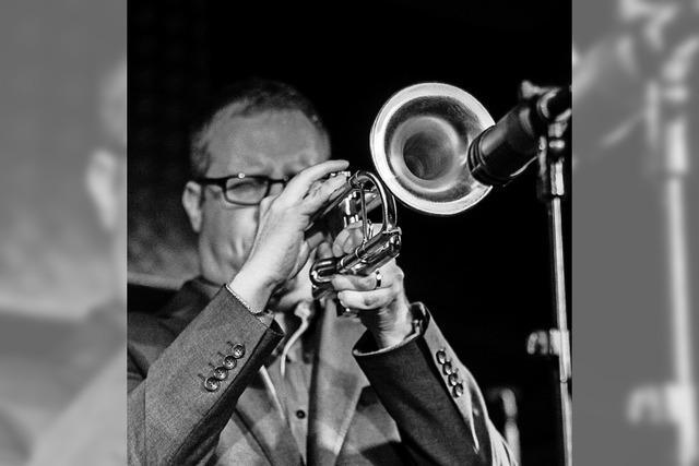 Axel Schlosser gastiert mit seinem Ensemble Jazzclub 39 im Salmen