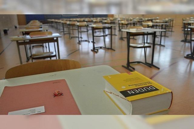 Prüfungen an vier Schulen