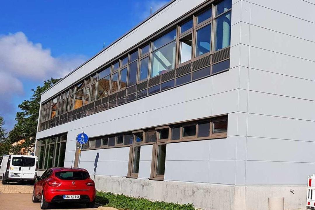 Das neue Gebäude der Breisacher Gewerbeschule  | Foto: Julius Wilhelm Steckmeister