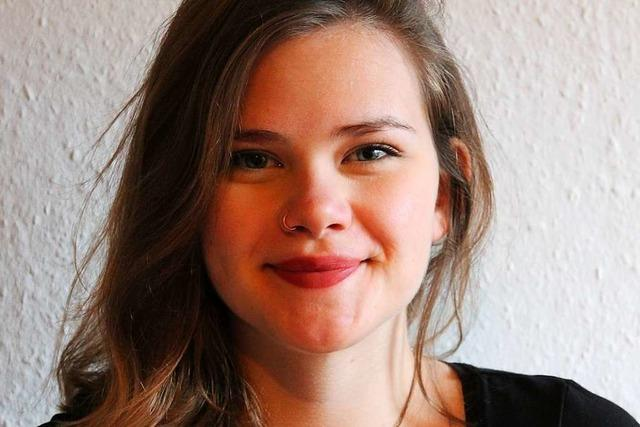 Emma Tries