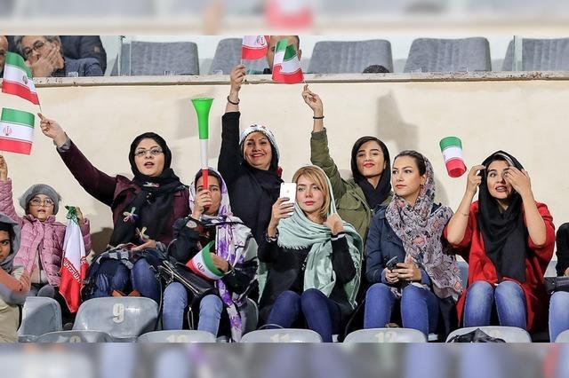 Frauen in Iran, in Afghanistan und hier