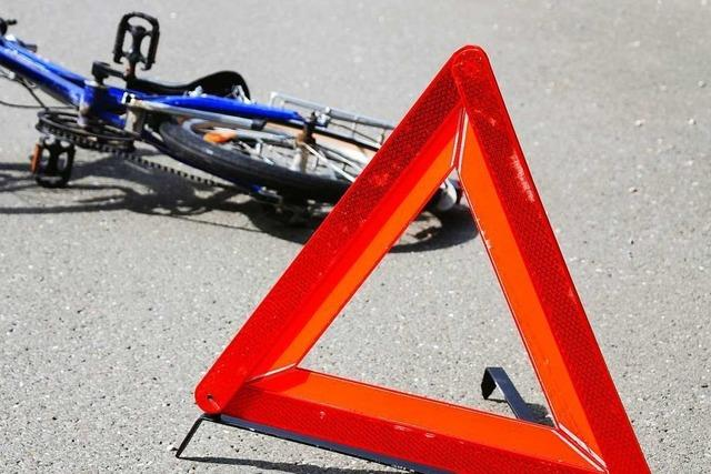 Zwei Radfahrer stoßen in Lörrach zusammen und verletzen sich