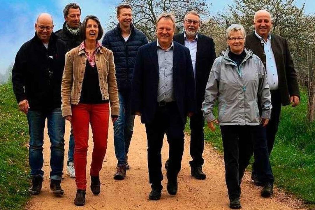 Die Kandidatinnen und Kandidaten der Wählervereinigung Au    Foto: Wählervereinigung Au