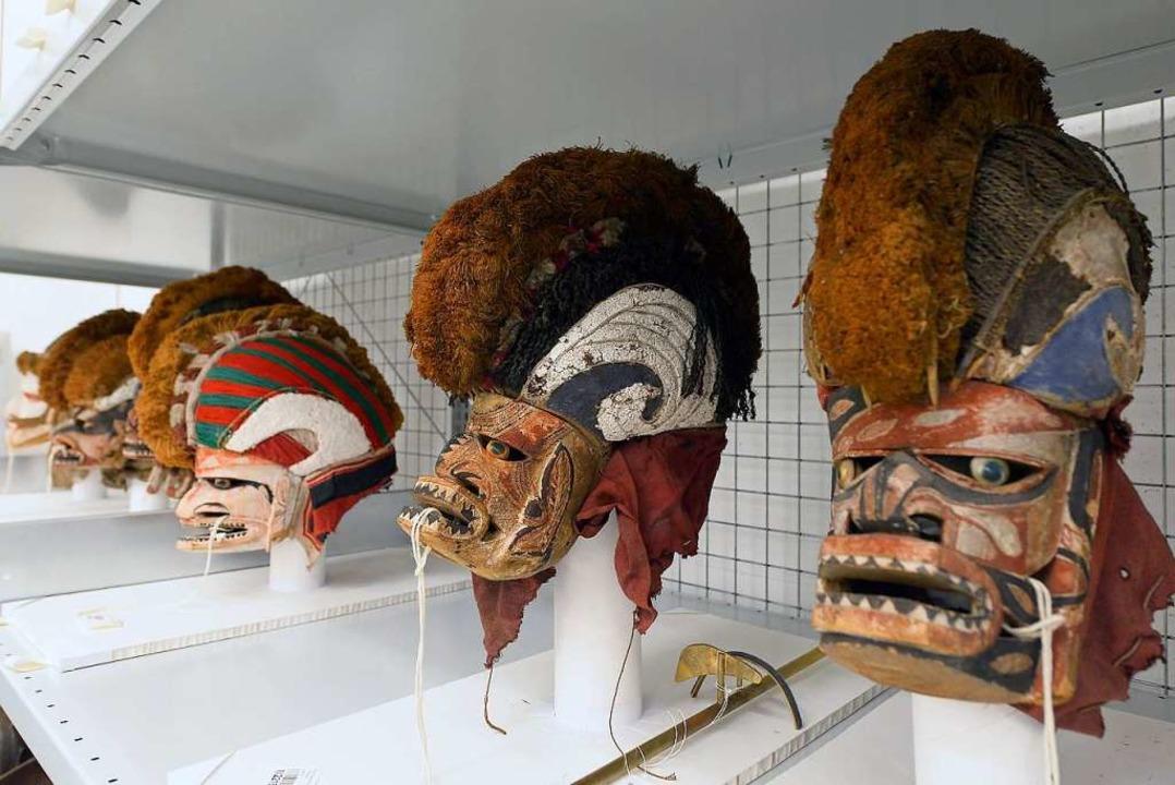 Die Muster der Malangan-Masken zeigen das Leben Verstorbener.  | Foto: Ingo Schneider