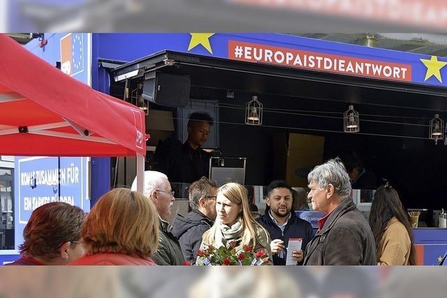 Mit Waffeln und Kaffee für Europa werben