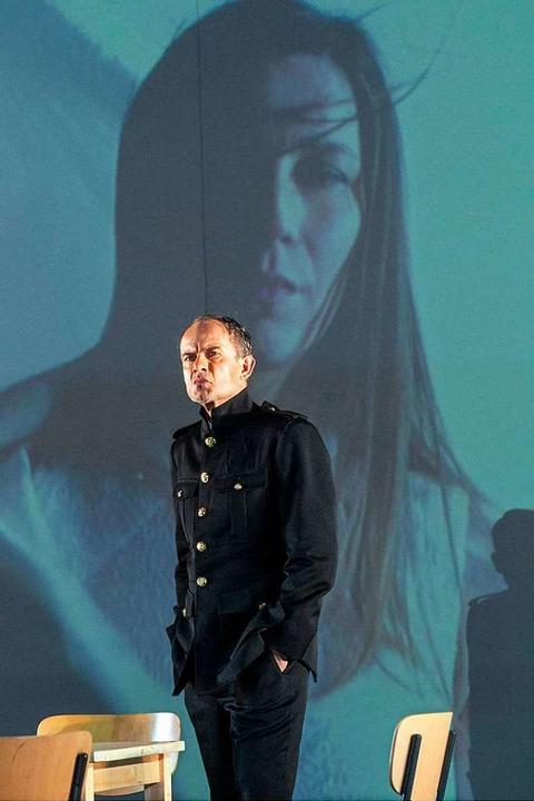 Israeli spielt Othello in Stuttgart