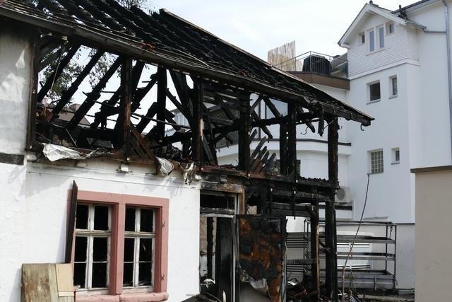 Nach Brand in Lörrach: Polizei sucht Mann mit Einweggrill