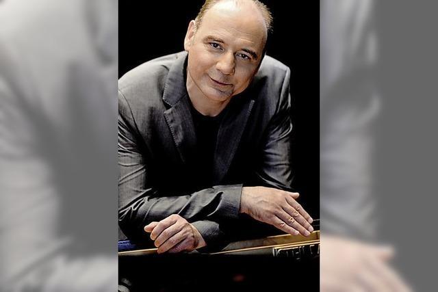 Klavierabend mit Igor Kamenz im Freiburger Kaufhaussaal