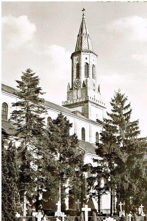 Diese Außenaufnahme der Georgskirche a...zeigt den Blick aus Richtung Friedhof.  | Foto: Archiv St. Georg