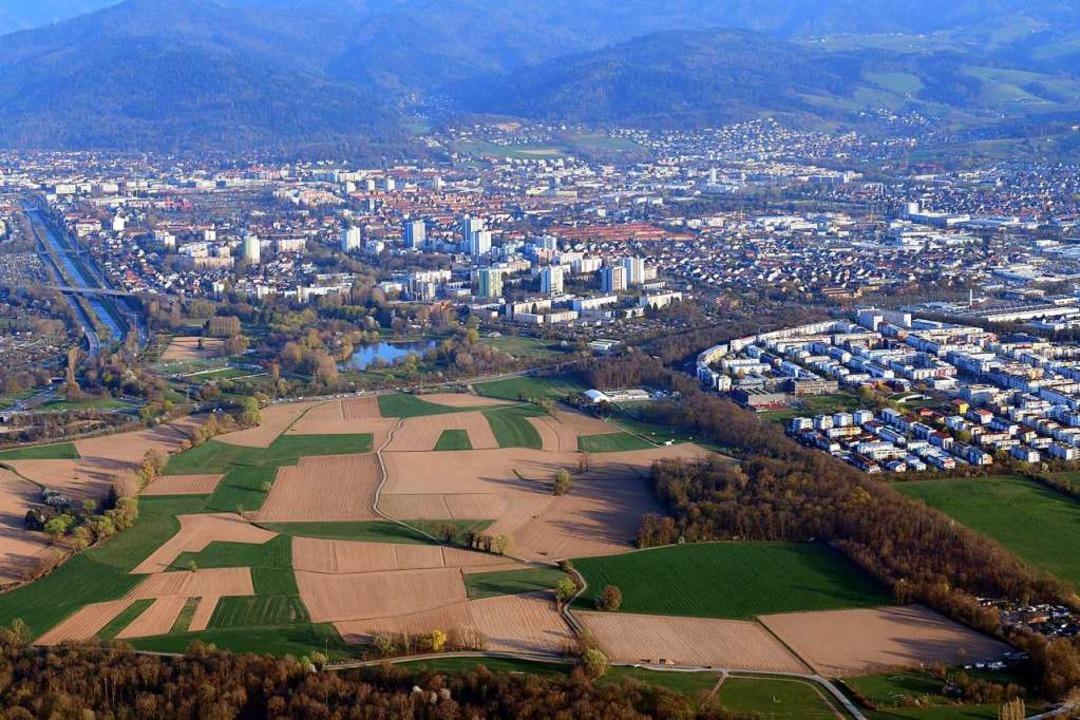 Im geplanten Stadtteil Dietenbach soll...nossenschaft günstige Wohnungen bauen.  | Foto: Erich Meyer