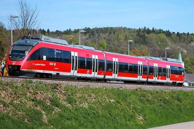 Am Samstag fährt ein moderner Zug durchs Kandertal