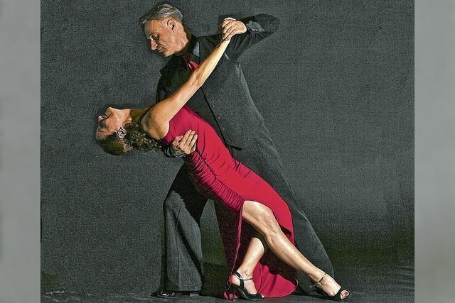 Tag der offenen Türe des TSC Waldshut mit Line-Dance, Tango Argentino und Salsa.