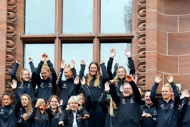 Wie war's beim… Empfang der SC-Frauen im Freiburger Rathaus?
