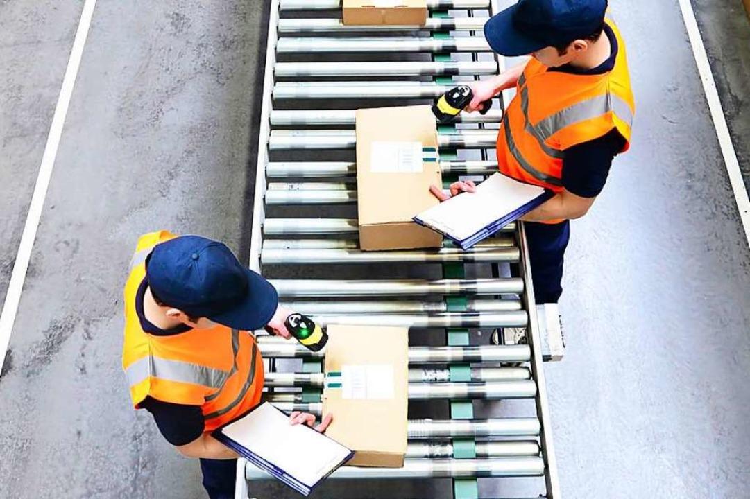 Das Geschäft mit dem Versenden von Paketen wächst.   | Foto: DPA