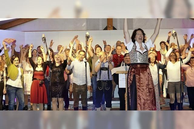 Publikum tanzt zum Chorgesang? Der Liederkranz macht's möglich!