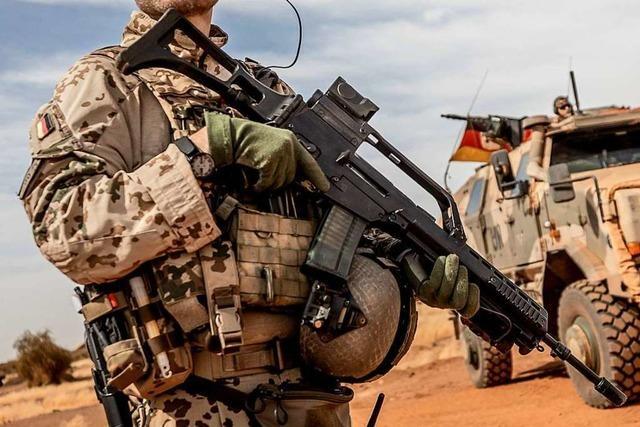 Streit ums Sturmgewehr - Heckler & Koch kritisiert Ministerium