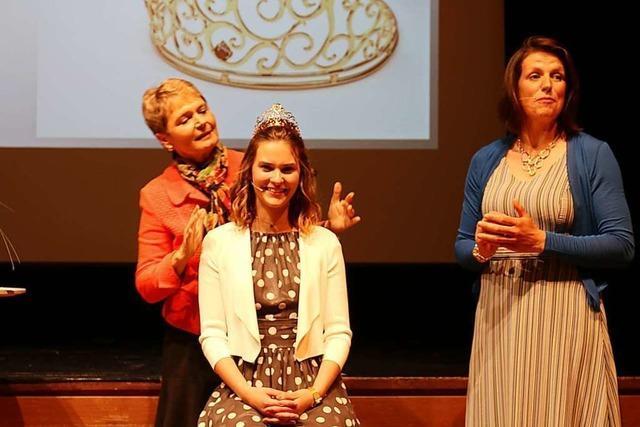 Anne Obrecht ist die erste Erdbeerkönigin im Land