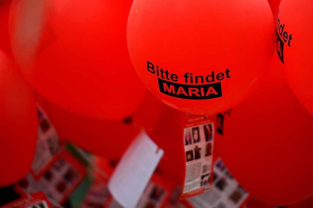 Rote Luftballons sollten 2013 für Aufm...e die junge Frau nach Freiburg zurück.  | Foto: Ingo Schneider