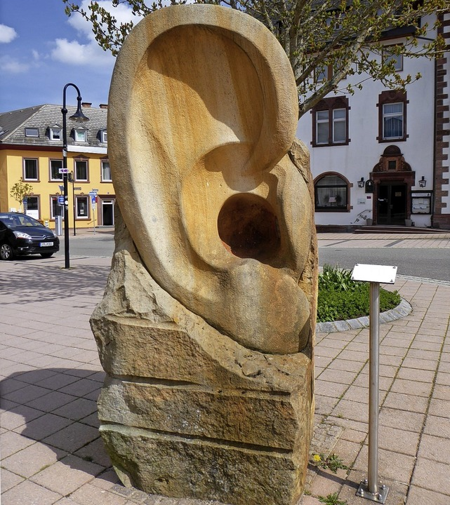 Für Kommunikation mit den Bürgern tritt die SPD ein.   | Foto: Peter Stellmach