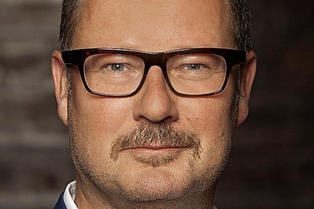 Intendant Andreas Beck stellt die neue Spielzeit am Theater Basel vor