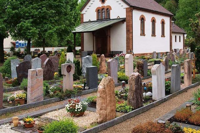 Großteil des Friedhofsbodens in Brombach hält Verwesungsprozess auf