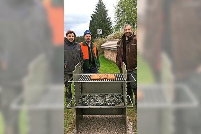 Exquisiter Grill für Holzschlag
