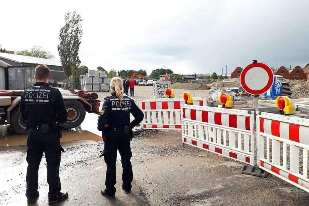 In Freiburg wird eine Fliegerbombe ent...nd 800 Menschen ihre Häuser verlassen.  | Foto: Fabian Vögtle